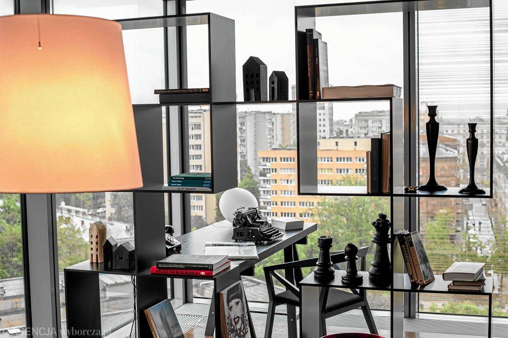 Apartament pokazowy w wieżowcu Cosmopolitan projektu Jacka Żakowskiego