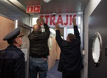 Rozpoczął się strajk personelu pokładowego PLL LOT. Nawet połowa rejsów LOT-u z Okęcia może się nie odbyć