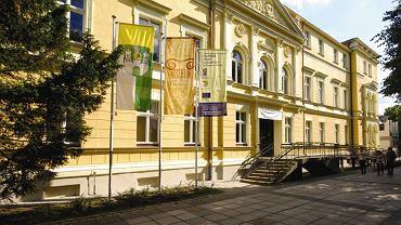 Fasada Muzeum Ziemi Lubuskiej w Zielonej Górze