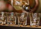 Episkopat alarmuje: Milion Polak�w uzale�nionych od alkoholu