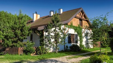 Dom pod Łodzią 118 m kw., 6 pokoi. Domownicy: Marta i Marcin z dziećmi Leną i Olafem.