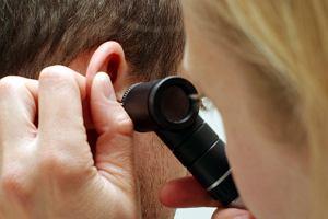 Błona bębenkowa - ważny element narządu słuchu. Budowa, funkcje i choroby błony bębenkowej (perforacja błony bębenkowej)
