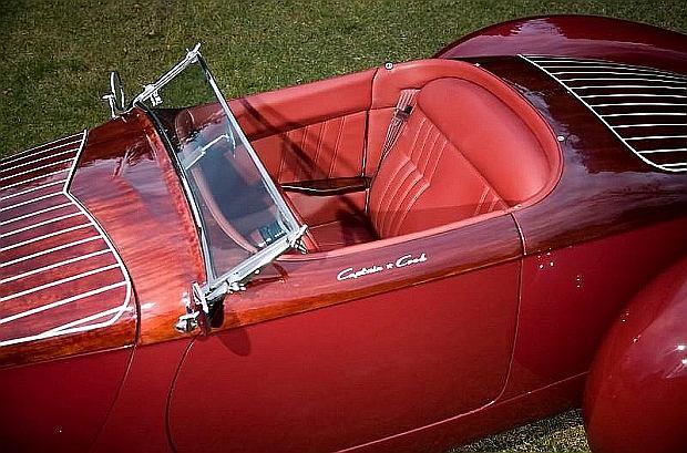 """Deco Rides Boattail Speedster """"Pontoon Fender"""""""