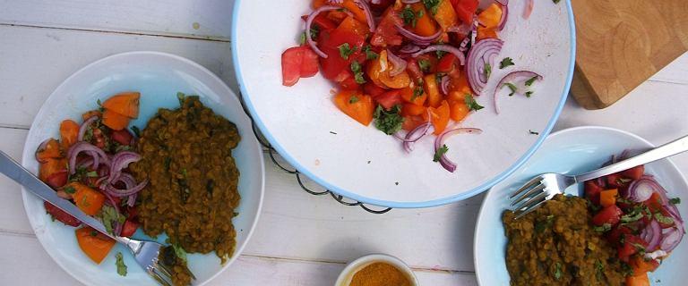 Błyskawiczna i aromatyczna soczewica curry w wersji fit
