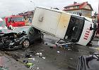 Powa�ny wypadek na Targ�wku. Pi�� os�b rannych [WIDEO]