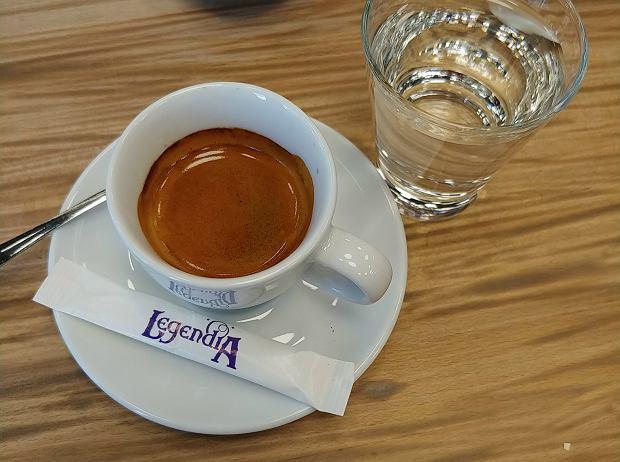 Espresso z wodą - alternatywa dla latte z mlekiem roślinnym?