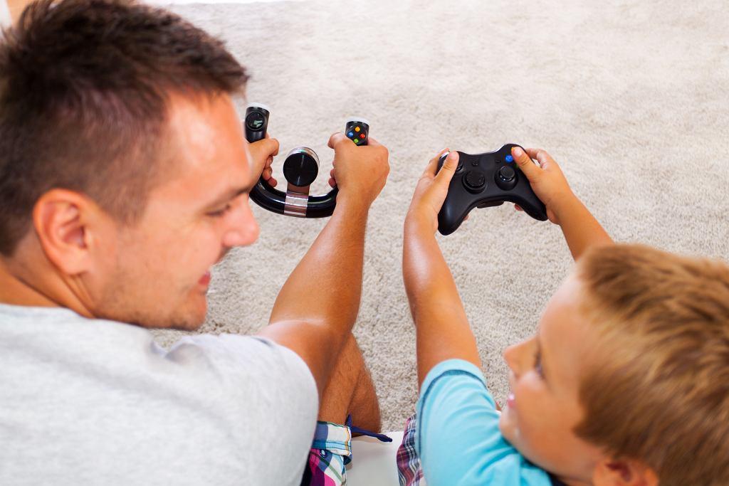 Od gier uzależnia się zaledwie ok. 2-8 procent regularnie grających (fot. vitapix / iStockphoto.com)