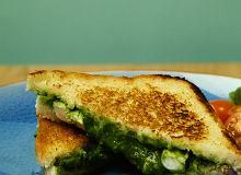 Szpinakowo-serowe tosty - ugotuj