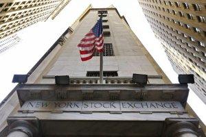 Średnio ponad 14 tys. dolarów mniej. Wielkie cięcie premii na Wall Street