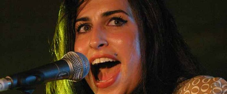 Nakręcą film biograficzny o Amy Winehouse. Rodzina podpisała umowę z producentem