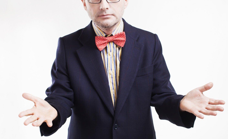 Jan Wróbel. Człowiek orkiestra - można go zobaczyć w TVN24, usłyszeć w TOK FM lub poczytać w