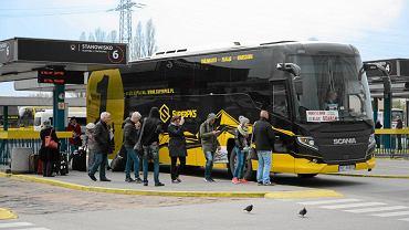 Autobus marki SuperPKS