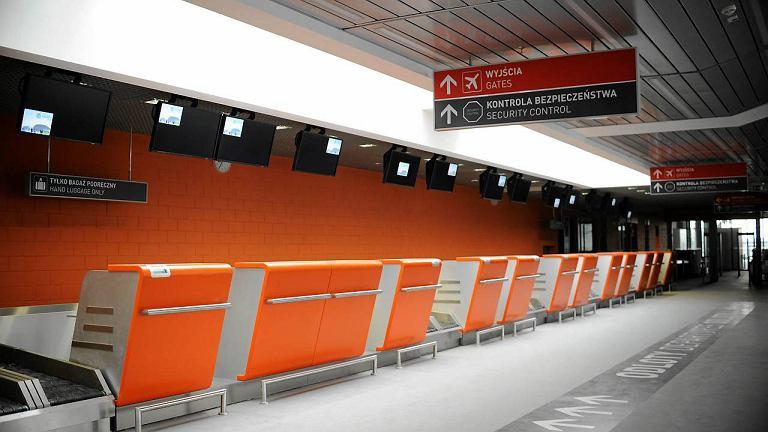 Terminal lotniska w Modlinie