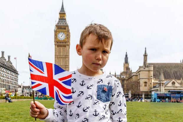 Za co polskie dzieci kochają brytyjską szkołę? Sprawdził to socjolog z UW