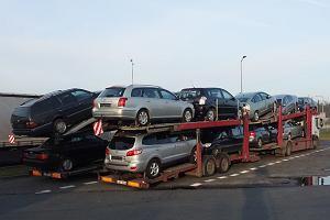Fiskus bierze się do przekrętów w imporcie używanych aut. Będzie nowa deklaracja uproszczona podatku akcyzowego