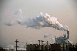 Zanieczyszczone powietrze z Chin wpływa na klimat na całej półkuli