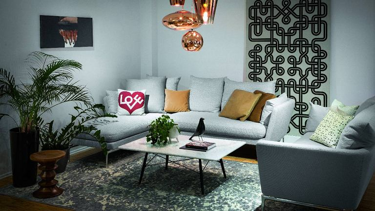 Sofa Suita, Vitra,  stolik Eames Coffee Table, Vitra, dywan Boheme 196, Sirecom