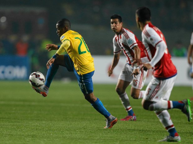 Zdjęcie numer 3 w galerii - Robinho, były reprezentant Brazylii podpisze kontrakt z nowym klubem, a proces trwa