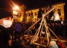 Kolejna gor�ca noc w Kijowie: zamieszki i starcia z milicj�. Kliczko: Utracili�my kontrol�