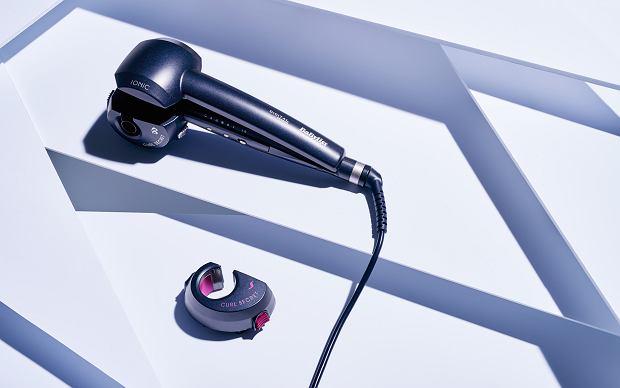 Fale, loki, luźne skręty, upięcia - wszystkie stylizacje wykonasz przy użyciu inteligentnej lokówki automatycznej Curl Secret C1500E