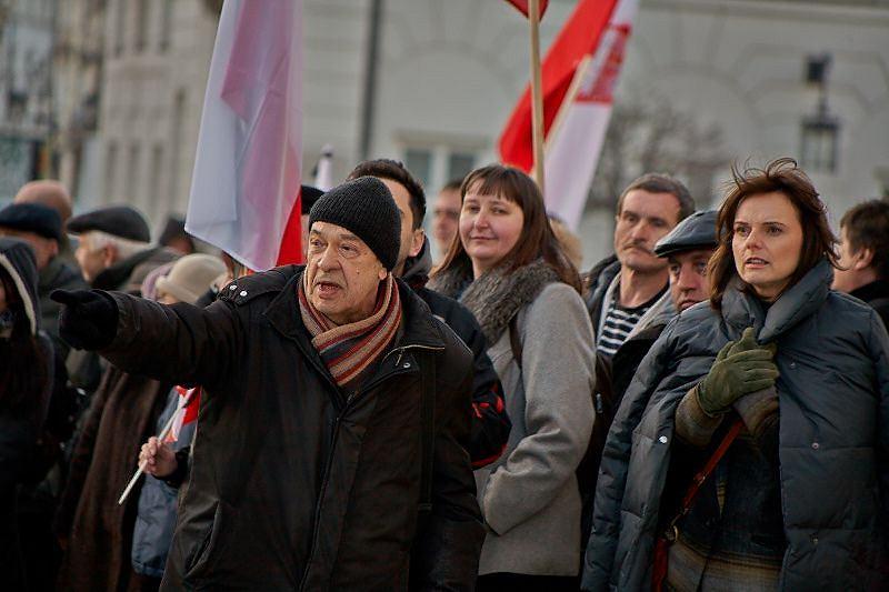 Antoni Krauze na planie, od prawej - Beata Fido / JACEK PIOTROWSKI/ materiały prasowe
