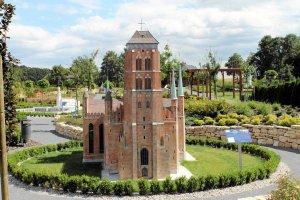 Ju� ponad 60 tys. go�ci odwiedzi�o opolski park miniatur [ZDJ�CIA]