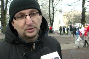 Protest polskich kupców pod gmachem Sejmu w Warszawie