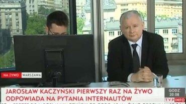 Jarosław Kaczyński podczas czatu z internautami