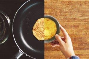 Nie uwierzysz, że potrzeba jedynie trzech składników, by zrobić te dietetyczne placuszki!