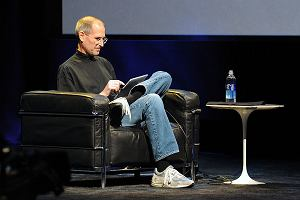 Podanie o pracę Steve'a Jobsa z 1973 roku do kupienia na aukcji internetowej. Co za kosmiczna cena!