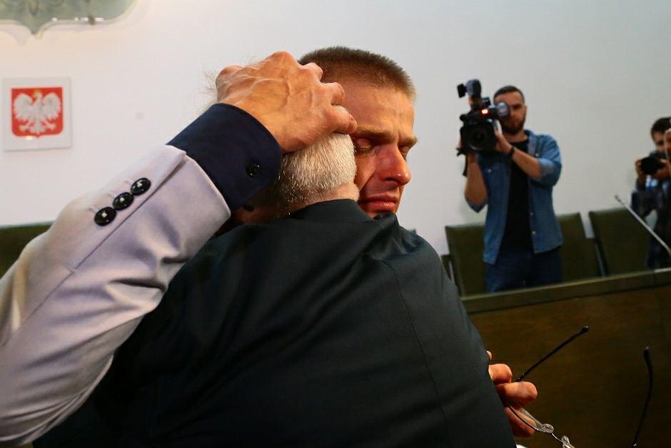 Krzysztof Komenda będzie ubiegał się o 'więcej niż 10 mln złotych' odszkodowania za 18 lat więzienia