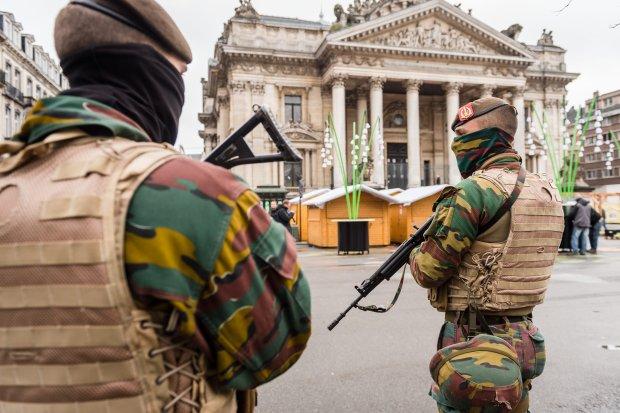 Bruksela og�asza alarm, 16 os�b zatrzymanych w wieczornej operacji policji