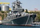 """Odpowiedź Rosji na zestrzelenie Su-24: Kreml zrywa kontrakty wojskowe z Turcją, wysyła krążownik rakietowy """"Moskwa"""""""