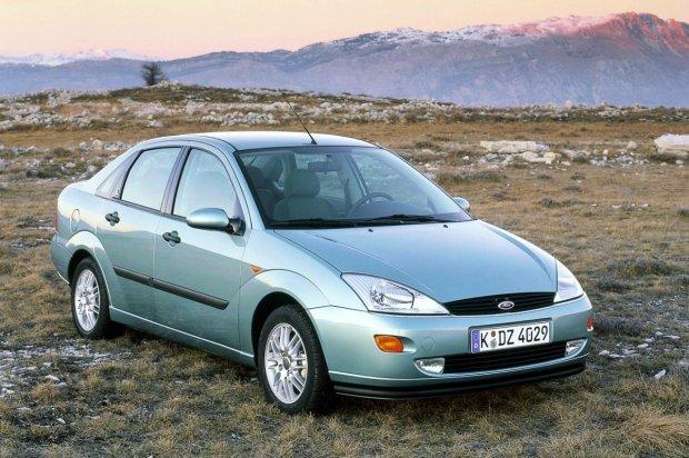 Ford Focus I 4d (1998-2004)