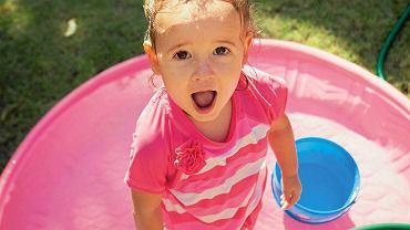 Zabawy w wodzie są idealne na upalne dni