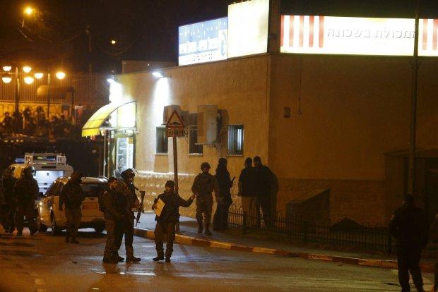 No�ownicy zaatakowali w sklepie