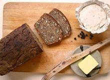 Chleb pszenno-żytni z pestkami - ugotuj