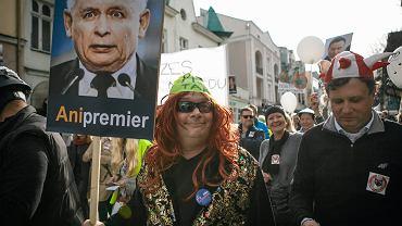 KOD zorganizował urodziny konstytucji w całej Polsce. Na zdjęciu - Sopot