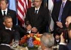 Prezydenci Barack Obama i W�adimir Putin wznosz� toast podczas spotkania w siedzibie ONZ