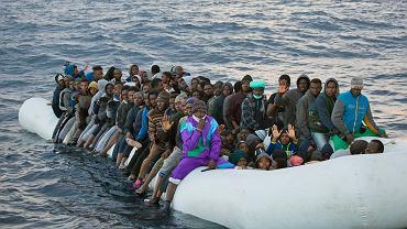 Migranci płynący do Europy