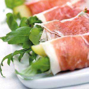 Gruszki - nie tylko do deserów. Dodaj sery ple�niowe lub orzechy i stwórz wykwintn� przek�sk�