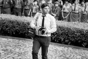 Oczy, kt�re gryz�. Wojciech Grz�dzi�ski - osobisty fotograf prezydenta RP
