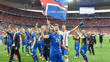 """Na pewno pami�tacie """"szalonego"""" komentatora z Islandii. Rodzin� te� ma niez��"""
