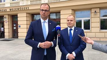 Posłowie Kukiz'15: Wojciech Bakun i Maciej Masłowski