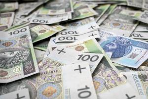 Będzie podatek dla przenoszących się za granicę? Tajny projekt budzi coraz większy niepokój