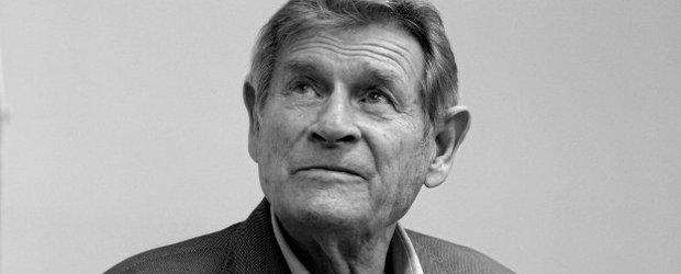 """Stanis�aw Mikulski nie �yje. Aktor by� znany z roli kapitana Klossa. """"By� uwielbiany przez publiczno��"""""""