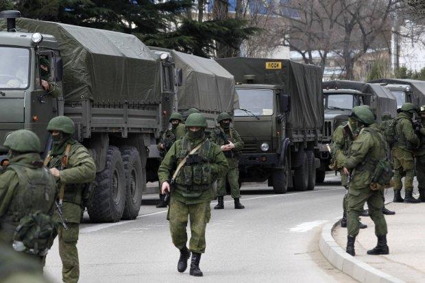 Rosyjskie wojska w Ba�ak�awie na Krymie. Zdj�cie z roku 2014