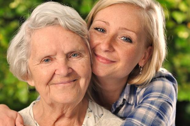 Opiekuj si� rodzin�, b�dziesz �y� d�u�ej. Bezinteresowna pomoc sprzyja d�ugowieczno�ci