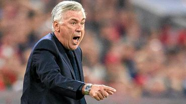 Bayern Munich's coach Carlo Ancelotti gestures during the match against Wolfsburg, during the German Bundesliga soccer match between FC Bayern Munich and VfL Wolfsburg in Munich, Germany, Friday, Sept. 22, 2017.