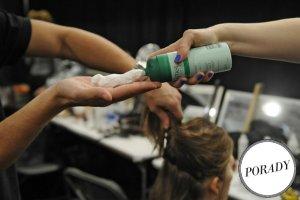 Pianka do w�os�w - dlaczego warto jej u�ywa� i kt�re kosmetyki sprawdzi�y si� na naszych w�osach?